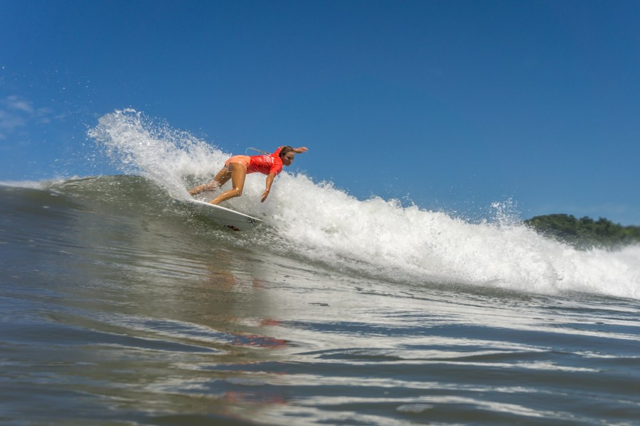 American Tia Blanco was crowned the women's gold medallist for the second consecutive year ©ISA
