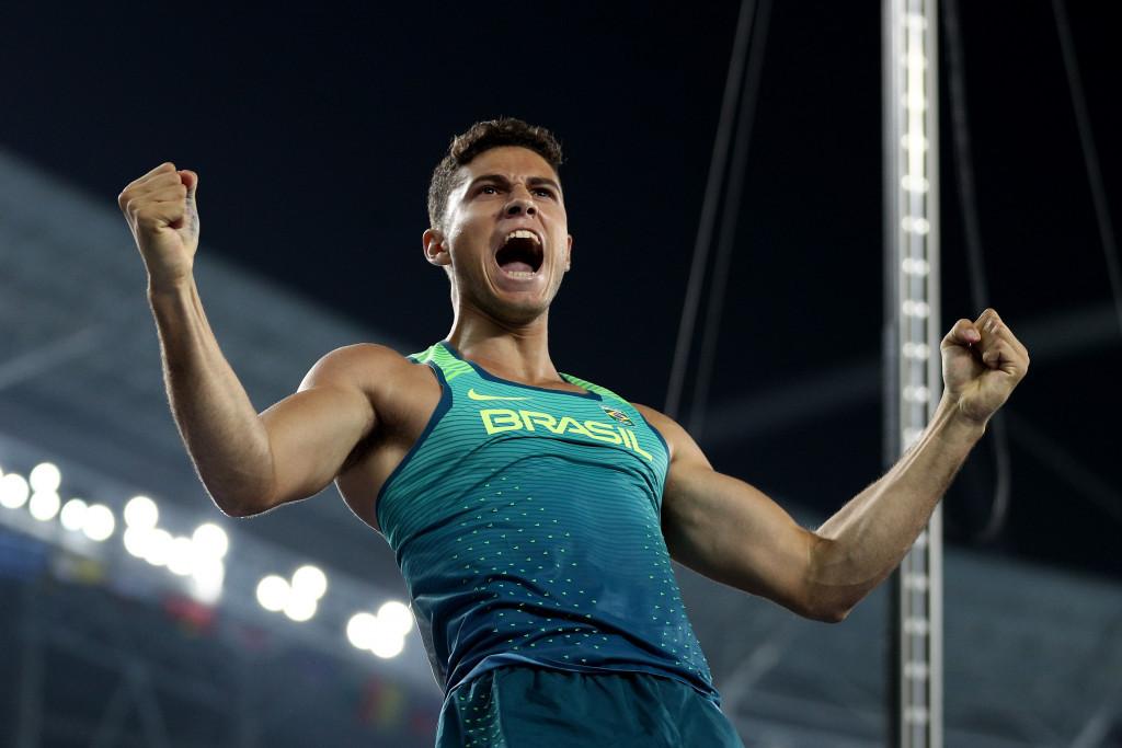 Da Silva defeats Lavillenie to strike Da Gold for Brazil in pole vault at Rio 2016