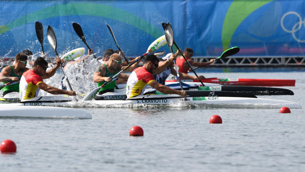 Spain's Saul Craviotto and Cristian Toro won the gold medal in the men's double kayak 200m ©Getty Images