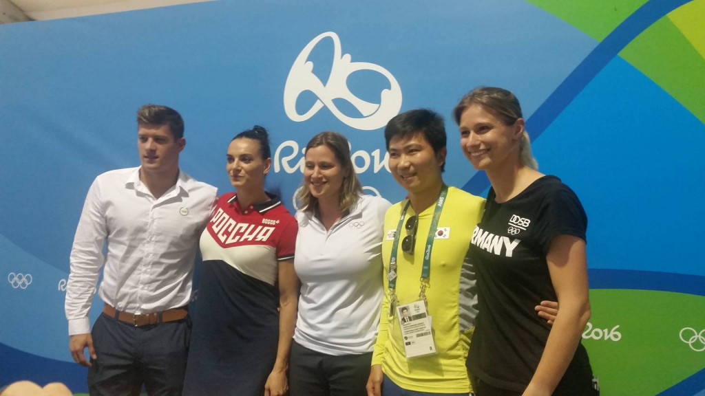 Yelena Isinbayeva, second left, pictured her fellow new IOC members Daniel Gyurta, Ryu Seung-min and Britta Heidemann with Angela Ruggiero, centre, chair of the Athletes Commission ©ITG
