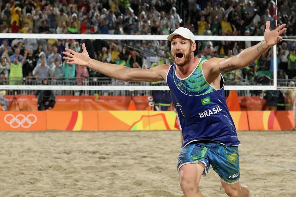 Alison Cerutti celebrates Brazilian gold in beach volleyball ©Getty Images