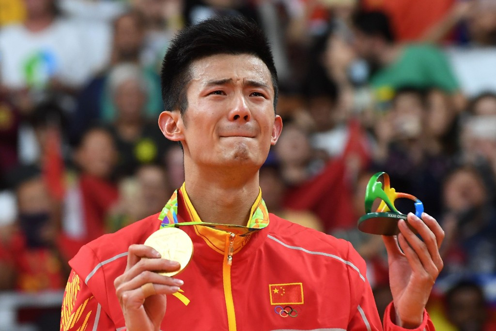 Chen inflicts third consecutive Olympic final defeat on Lee to clinch badminton singles gold medal at Rio 2016