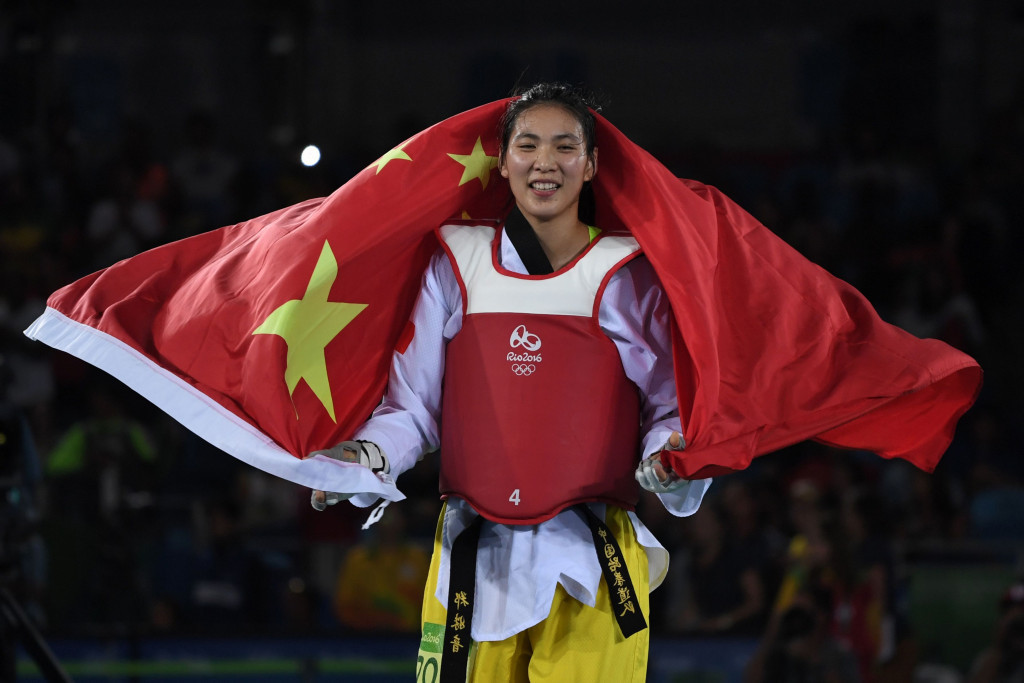 Zheng Shuyin celebrates Chinese gold on the final day of Rio 2016 taekwondo action ©Getty Images