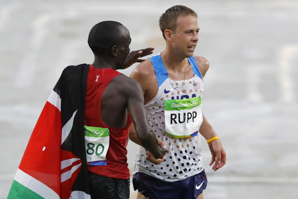 Kipchoge delivers expected men's marathon gold as Rupp takes bronze in second race at Rio 2016