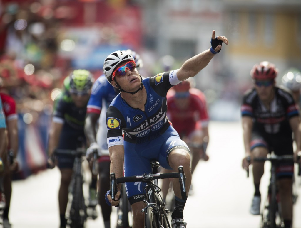 Meersman secures second Vuelta a España win in crash-ridden fourth stage