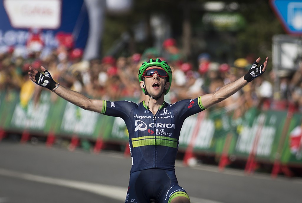 Simon Yates wins 6th Vuelta stage, Atapuma keeps lead