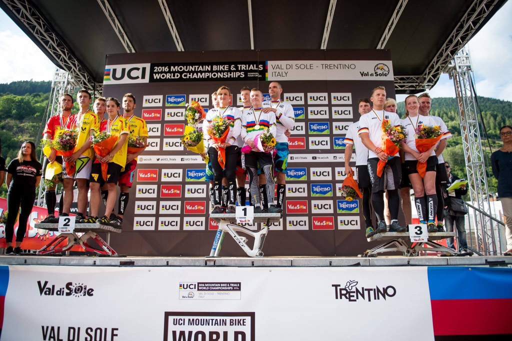 France retain team world title at UCI Trials World Championships