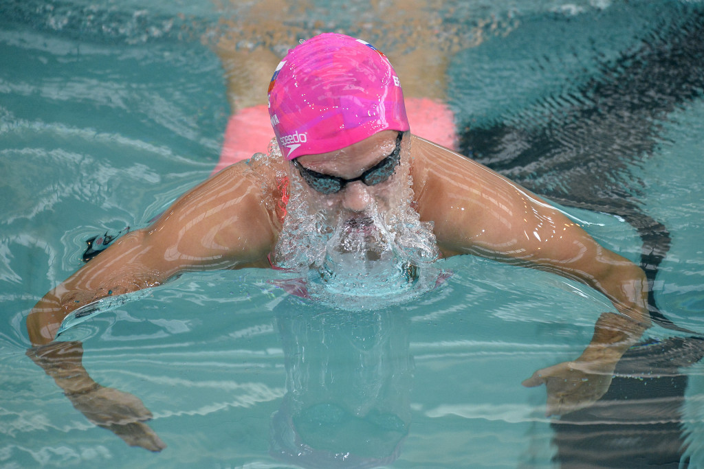 Efimova shines in home water as Hosszú dominates again at Moscow-leg of FINA World Cup