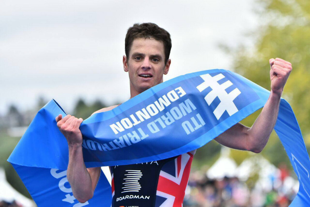 Brownlee makes long-awaited return to top of World Triathlon Series podium with victory in Edmonton