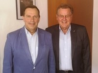 FIL President meets with Latvian counterpart ahead of World Junior Championships