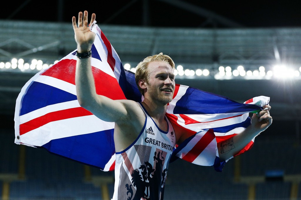 Peacock retains 100m Paralympic title in front of another low Rio 2016 athletics crowd