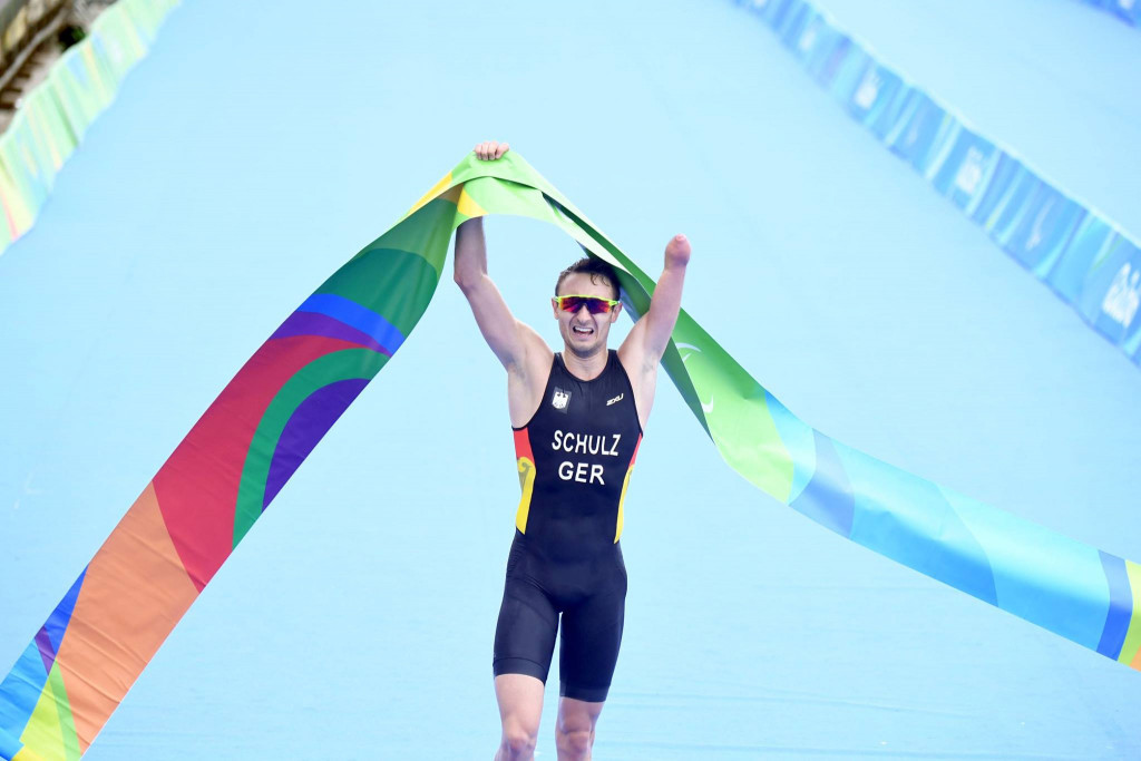 Martin Schulz was crowned the first ever Paratriathlon Paralympic champion ©ITU