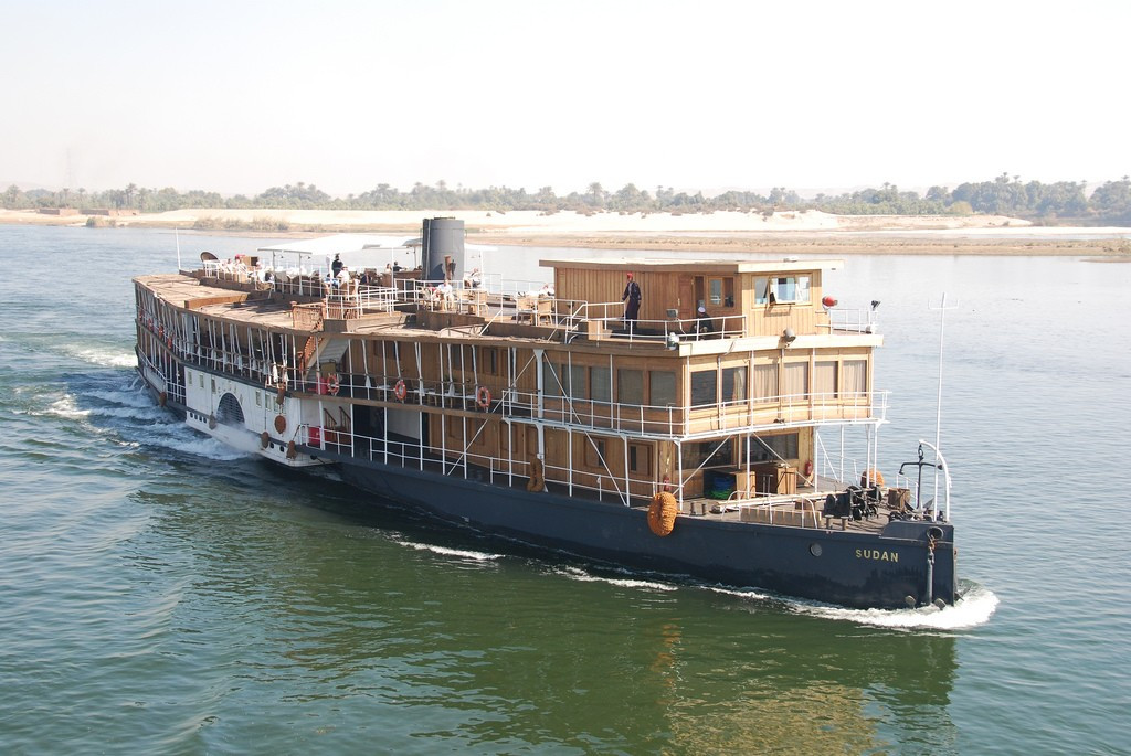 The IOC initially defended their choice of host during a meeting on a River Nile steamship ©Wikipedia