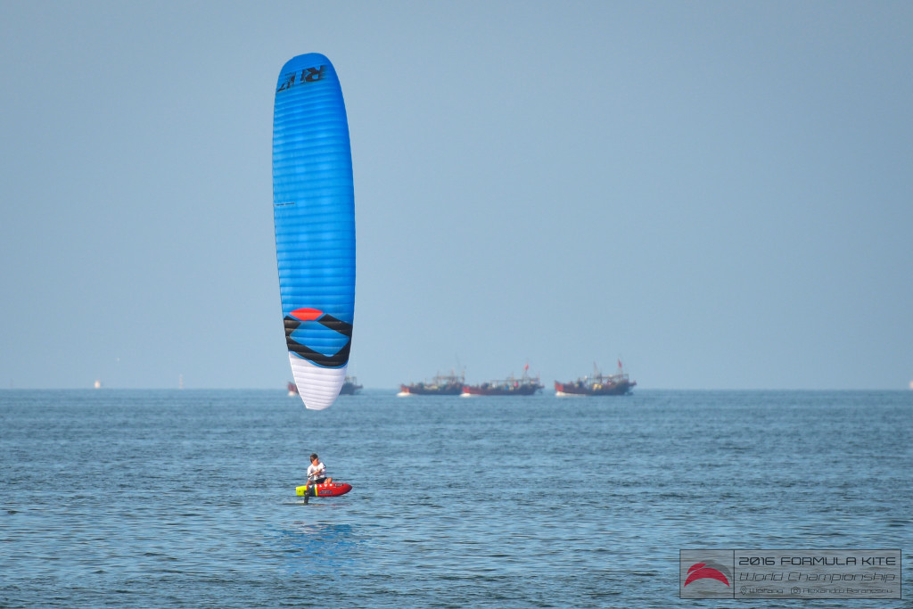 Plans discussed for kiteboarding's 2020 Olympic inclusion as weather disrupts World Championships