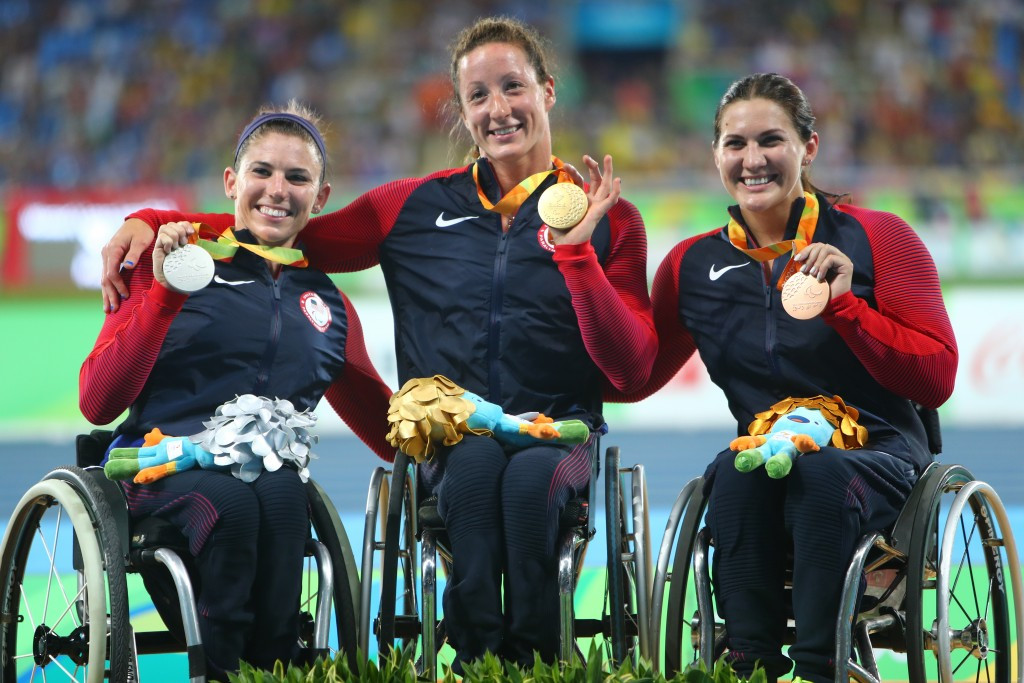 Tatyana McFadden spearheaded an American clean sweep in the women's 1,500m T54 ©Getty Images