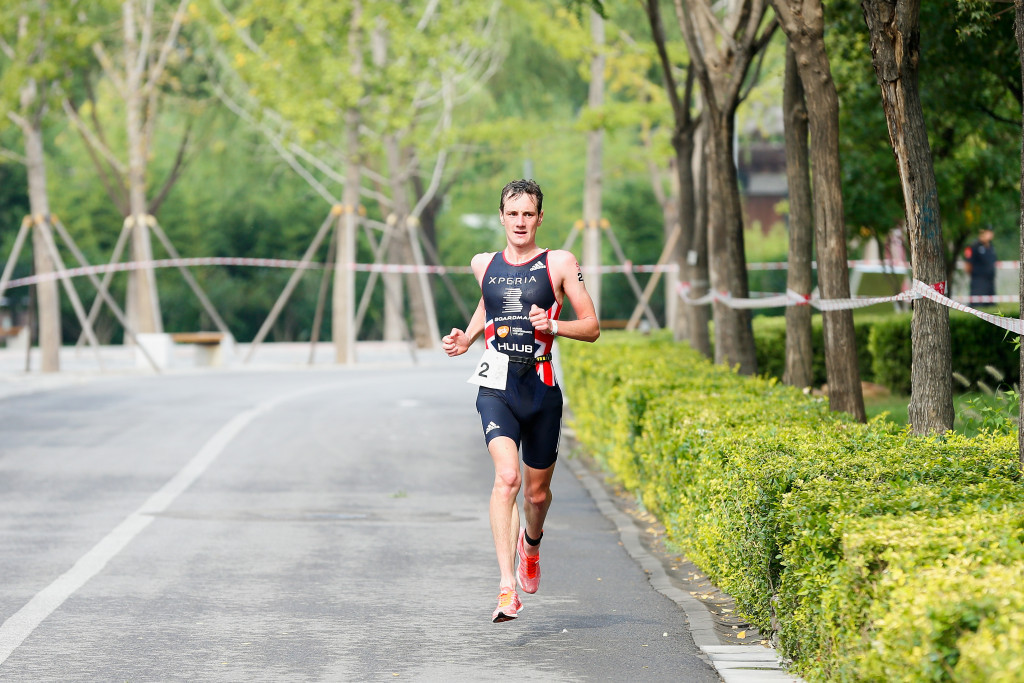 Double Olympic champion Alistair Brownlee won the Aquathon World Championship title ©Getty Images