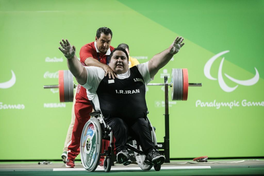 Iran's Siamand Rahman lifted a world record 310kg ©Getty Images