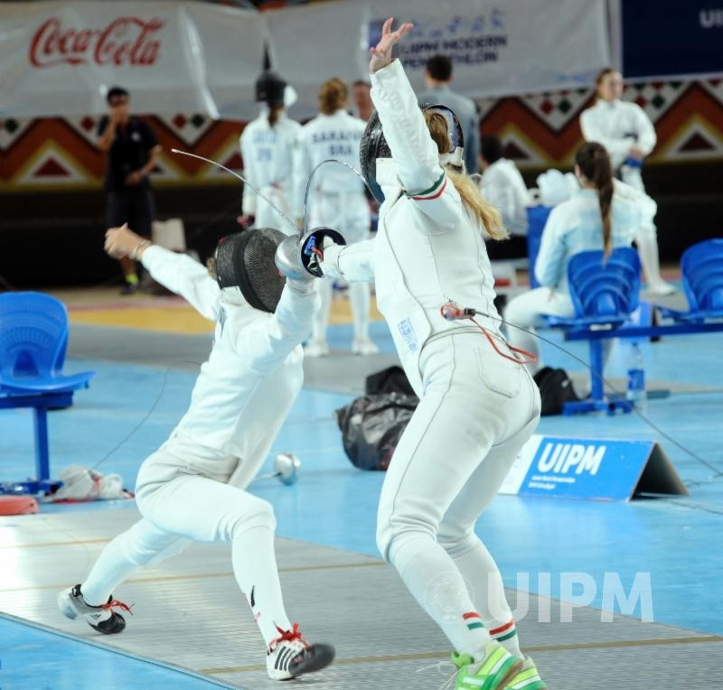 Fencing was the first discipline to be held before athletes competed in swimming and the combined event ©UIPM