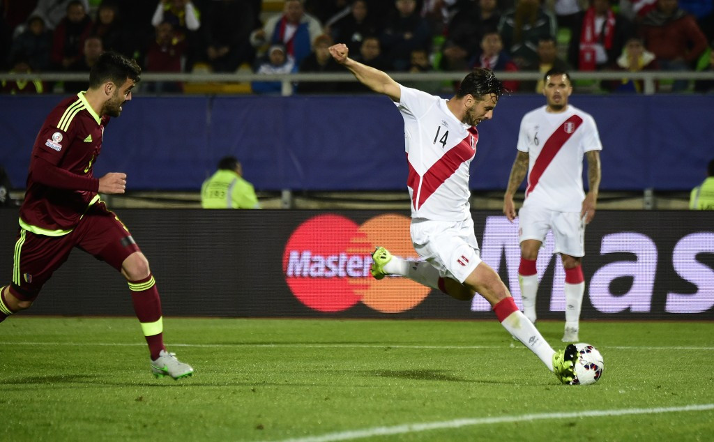 Peru keep Copa América knock-out stage qualification hopes alive with narrow victory against Venezuela