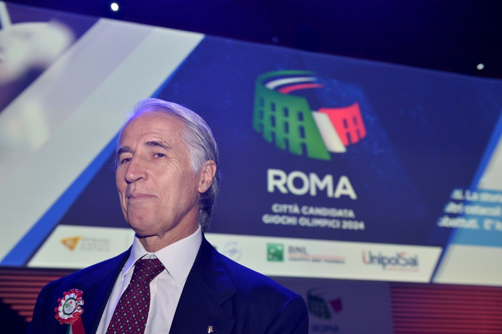 Giovanni Malago claims Italy would risk losing its reputation by withdrawing from the 2024 race ©Getty Images