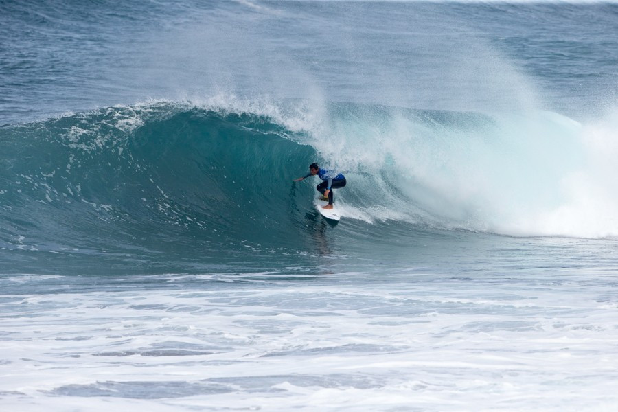 Five teams maintain impressive run at World Junior Surfing Championships
