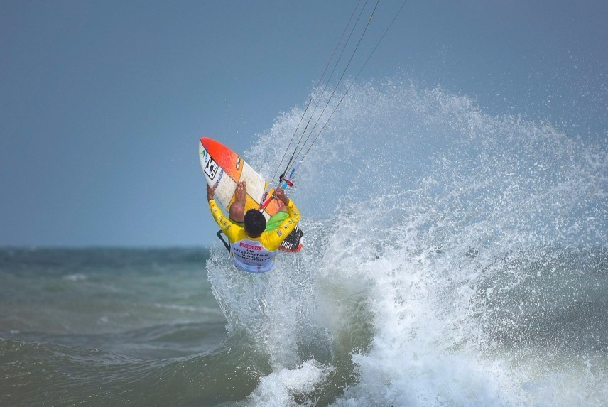 World Kiteboarding Championships begin with Opening Ceremony and first day of action in Pingtan