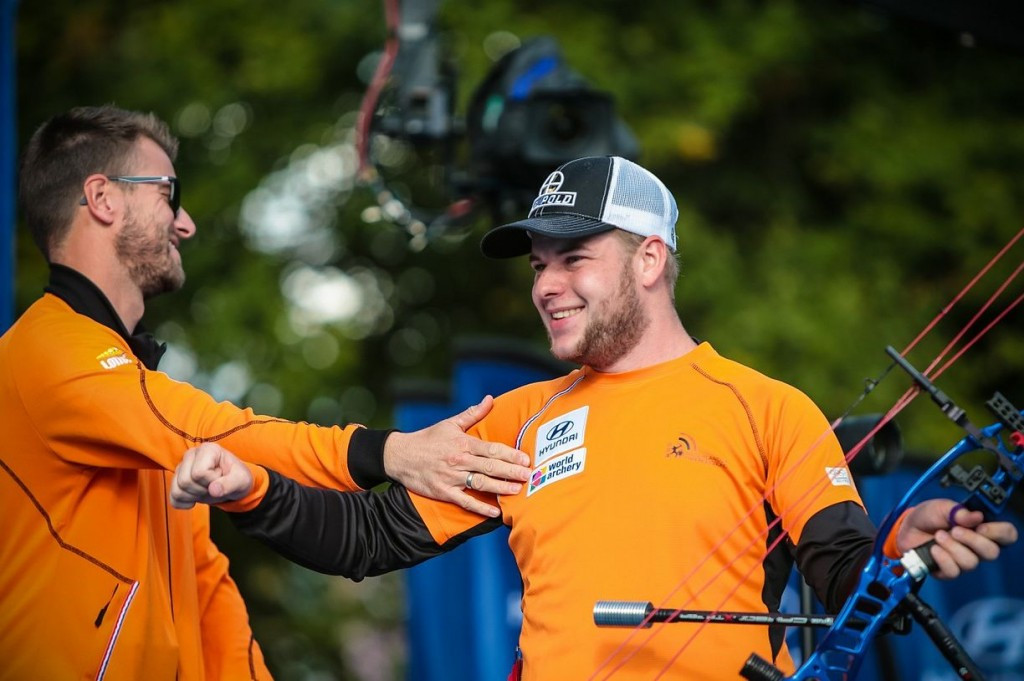 Schloesser overcomes fear to win men's individual compound title at Archery World Cup final
