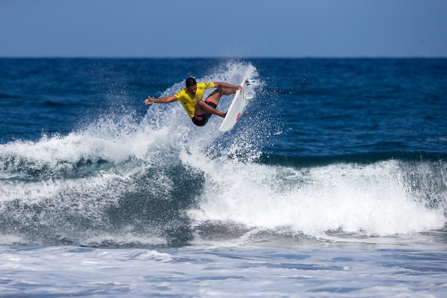 Brazil's Wesley Dantas continued to stand out, achieving the highest heat score of the round with 13.77 points ©ISA