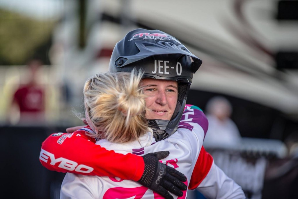 Laura Smulders earned her third straight World Cup win to claim the overall series title ©Twitter/UCI BMX Supercross