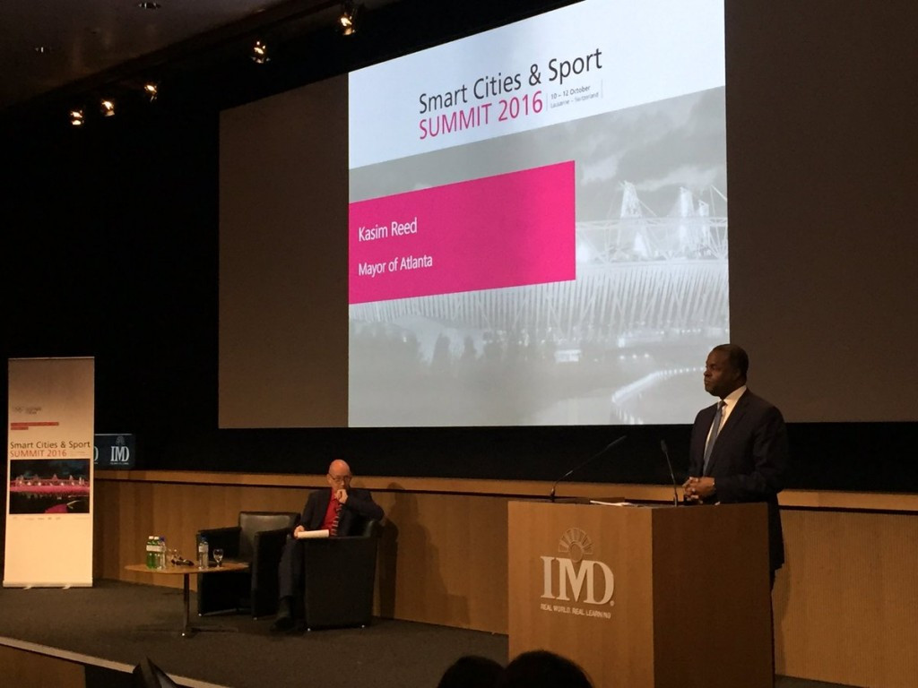 Atlanta Mayor Kasim Reed believes cities need to put forward the best plan and information to the public over staging sporting events ©Twitter/Smart Cities & Sport