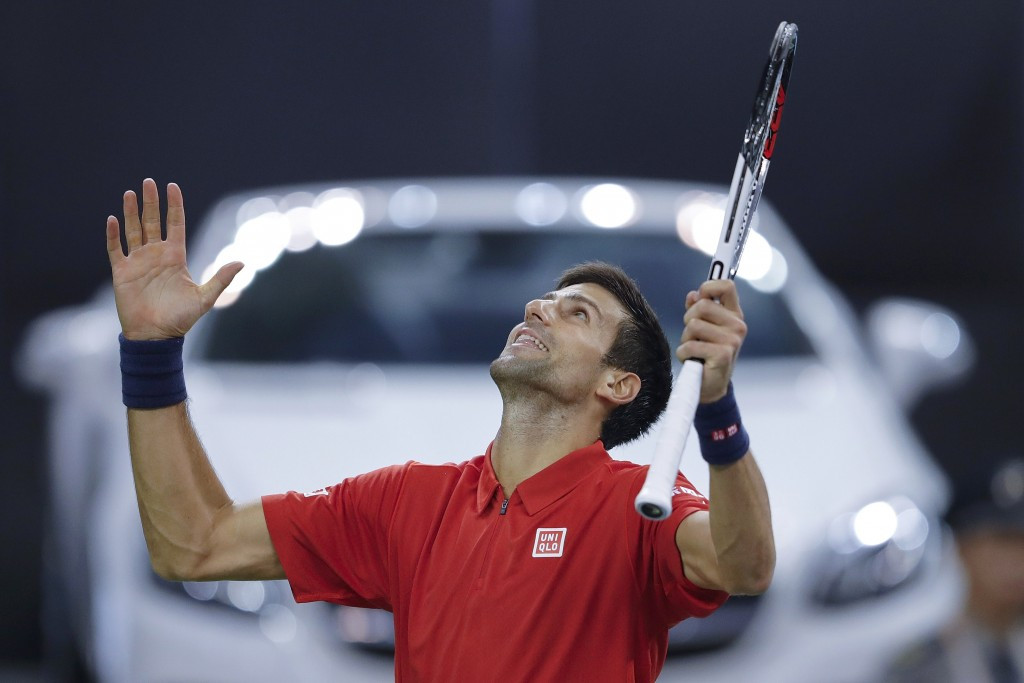 Djokovic battles back from set down to beat Zverev as Murray coasts into last four at Shanghai Masters