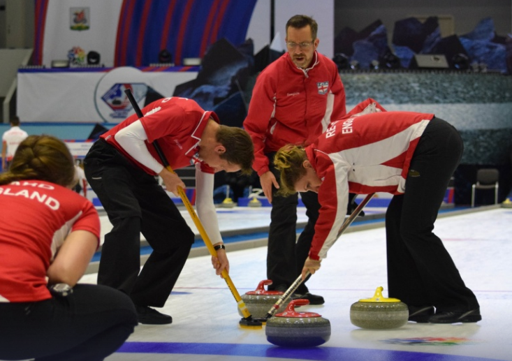 Canada maintain perfect start to World Mixed Curling Championships