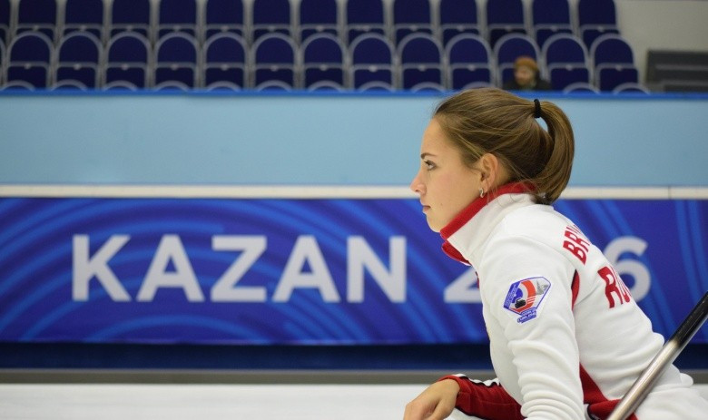 Russia among three teams to book play-off spots at World Mixed Curling Championships