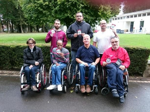 Five participants passed a referee's course in France ©IPC Powerlifting