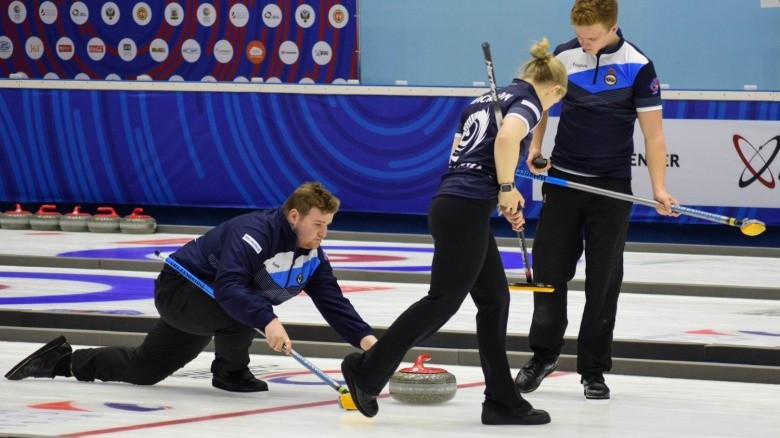 World Mixed Curling Championship play-offs begin to take shape as six more teams progress
