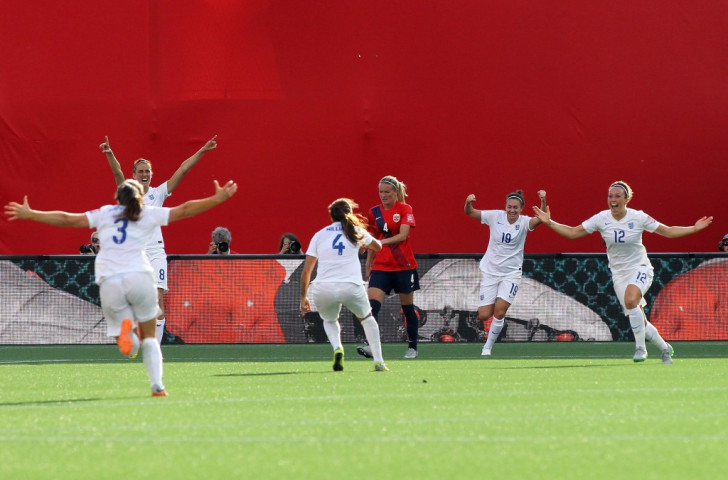 Lucy Bronze's superb effort from distance gave England a 2-1 victory over Norway ©Getty Images
