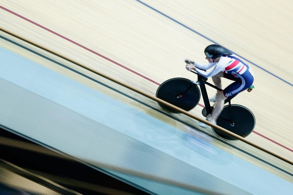 Archibald claims third successive individual pursuit crown at European Track Championships