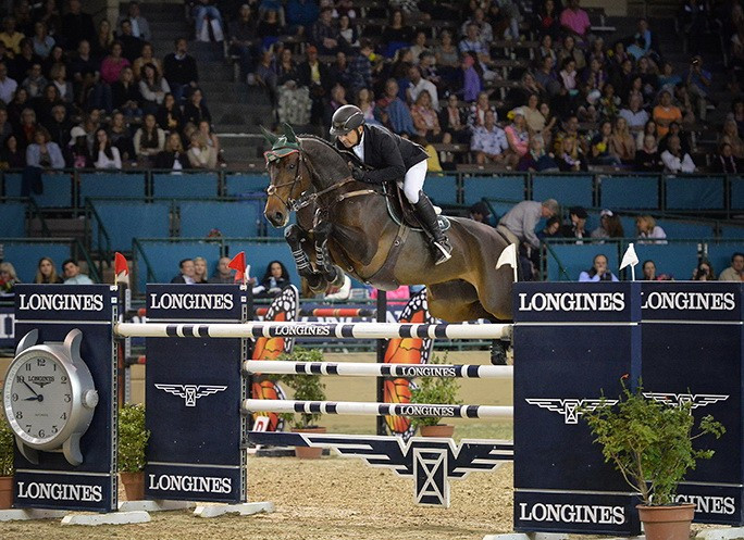 Gonzalez wins jump-off to secure FEI World Cup Jumping victory