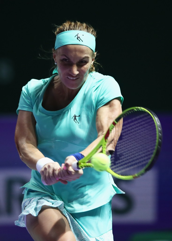 Kuznetsova a cut above at WTA Finals after impromptu haircut