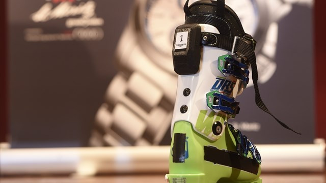 The new timing chip will be attached to a skiers boot ©FIS