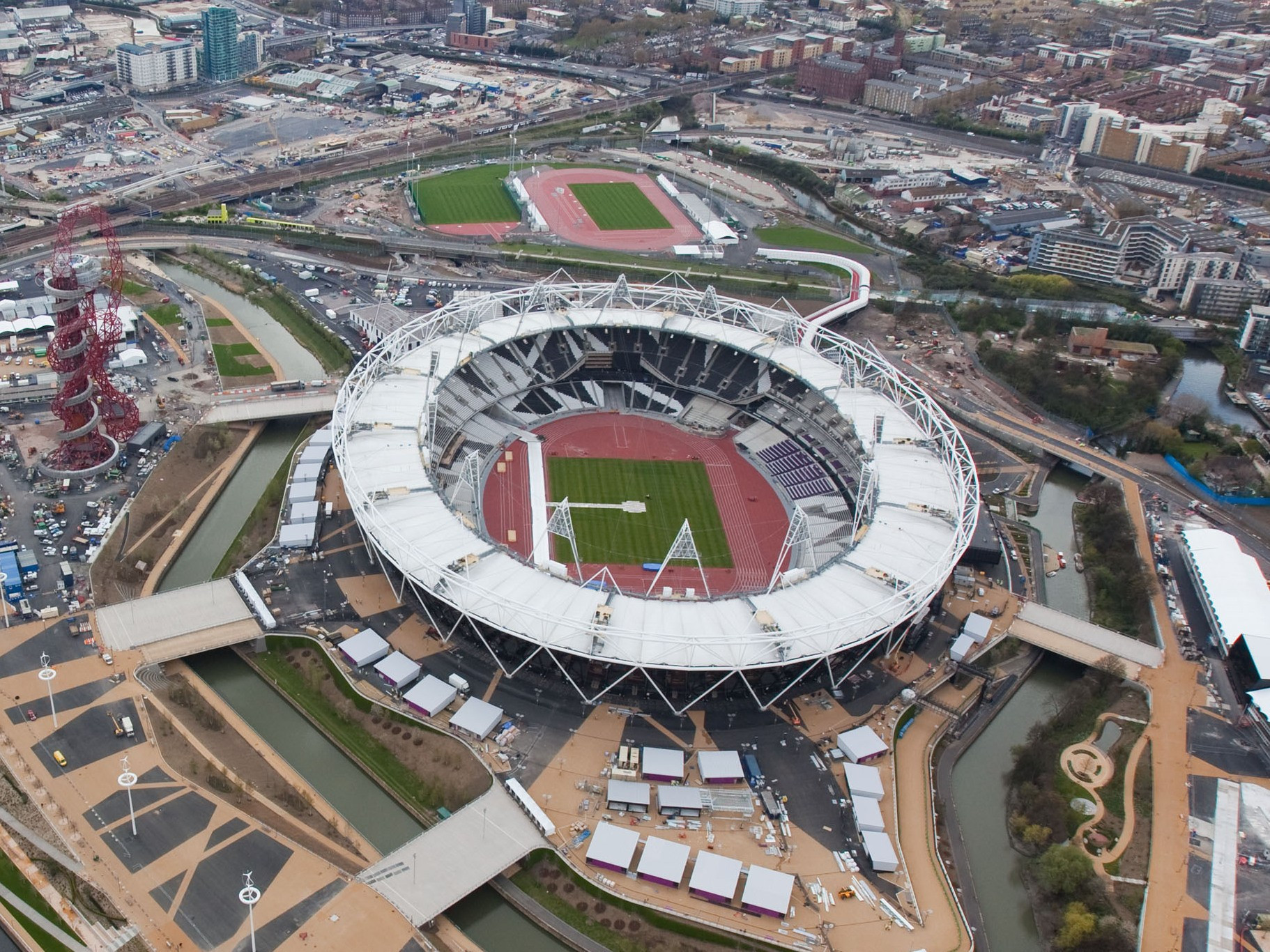 West Ham insist they have the final say over any potential groundshare at the London 2012 Olympic Stadium ©Getty Images