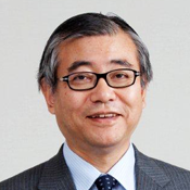 University Professor Shinichi Ueyama has blamed poor supervision for the Tokyo 2020 budget problems ©mirai-seiji.jp