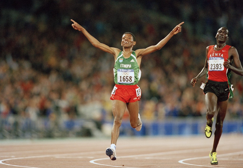 Haile Gebrselassie won the second of his two 10,000m Olympic gold medals at Sydney 2000 ©Getty Images