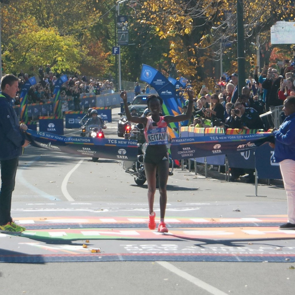Kenya's Mary Keitany claimed her third consecutive title at the New York City Marathon today ©TCS NYC Marathon/Twitter