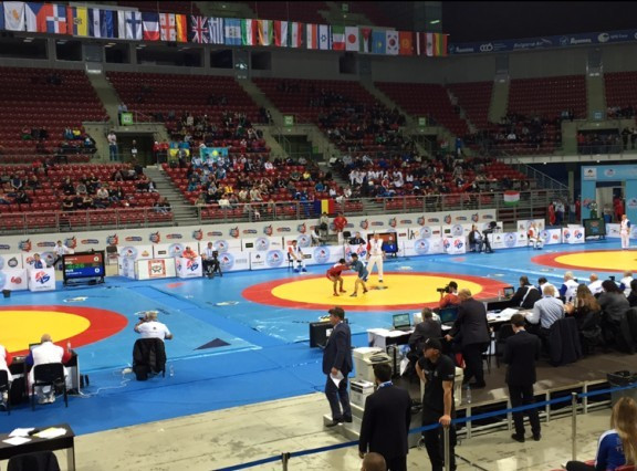 Russia make emphatic start to World Sambo Championships with six gold medals on day one