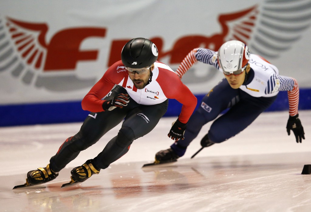 South Korea's Daeheon Hwang broke the 1000m world record but then only won silver ©Getty Images