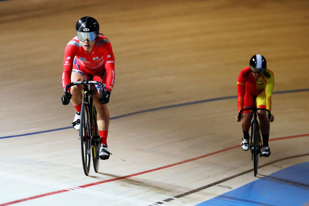 Lee Wai Sze (left) finally got her hands on a gold medal as she won the women's sprint race today ©Getty Images