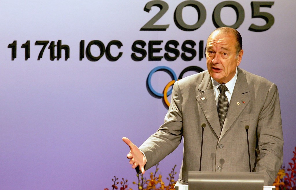 A poor performance from French President Jacques Chirac at the IOC Session in Singapore in 2005 contributed to Paris being beaten by London for the 2012 Olympic and Paralympic Games ©Getty Images