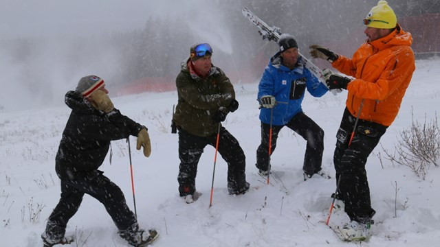 Men's races at the Alpine Skiing World Cup in Lake Louise have been cancelled ©FIS