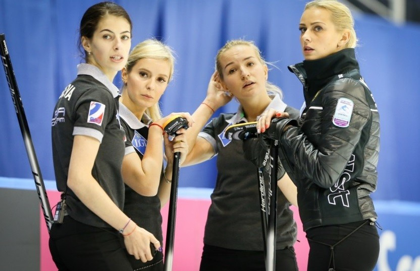 Russian women get European Curling Championships title defence off to shaky start with narrow win over Switzerland